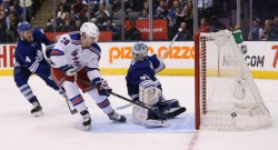 Toronto Maple Leafs play the New York Rangers