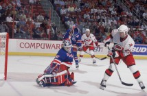 Martin Gelinas #23, Mike Richter #35