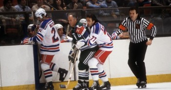 Hartford Whalers v New York Rangers