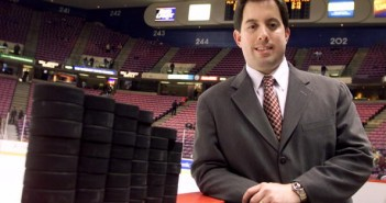 Kenny Albert, radio play-by-play announcer for the New York