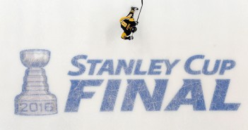 final logo on ice